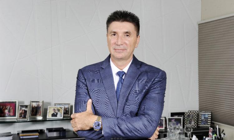 Janguiê Diniz – Mestre e Doutor em Direito – Fundador e Presidente do Conselho de Administração do grupo Ser Educacional – janguie@sereducacional.com